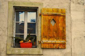 1163506_old_window