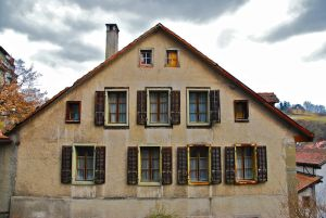 1163517_old_house_with_many_windows