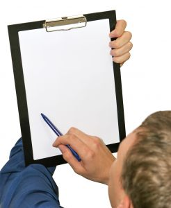 hand_with_clipboard1