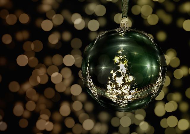 Sieci wydłużają sezon świąteczny, by zwiększyć sprzedaż
