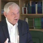 Prof. S. Gomułka: rząd wycofał się z części obietnic po negatywnych ocenach agencji ratingowych