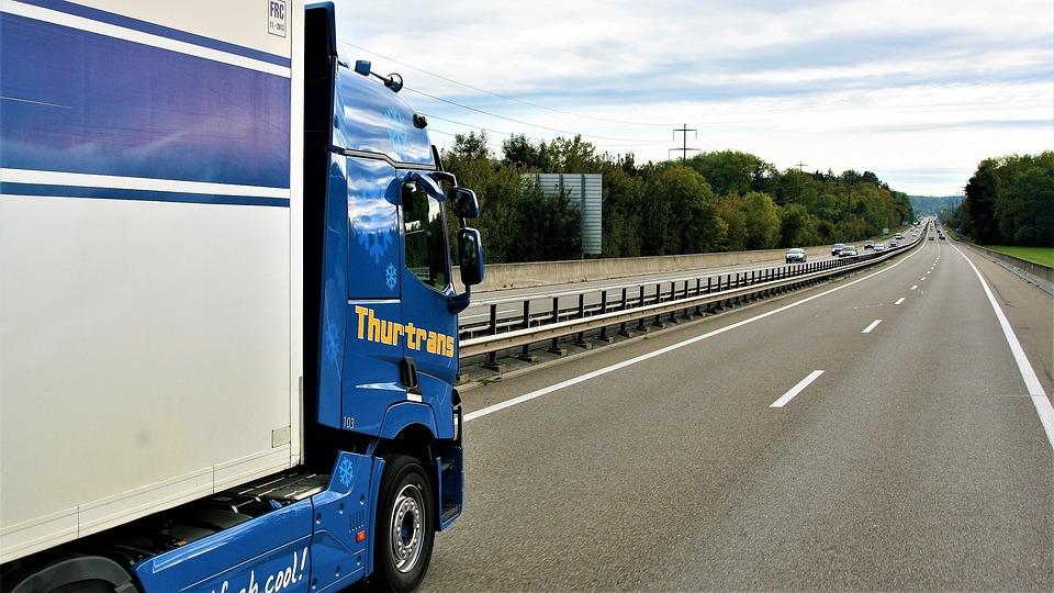 Przepis na zrozumienie aktów prawnych dla przewoźników i kierowców