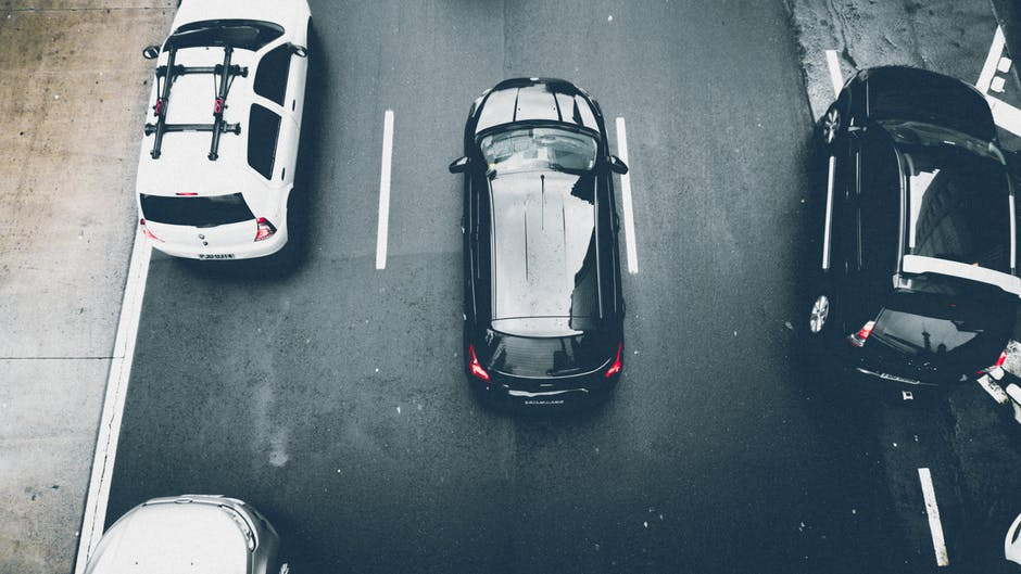 Jak firmy z sektora MŚP finansują samochody służbowe? W ponad połowie przedsiębiorstw dominuje leasing!